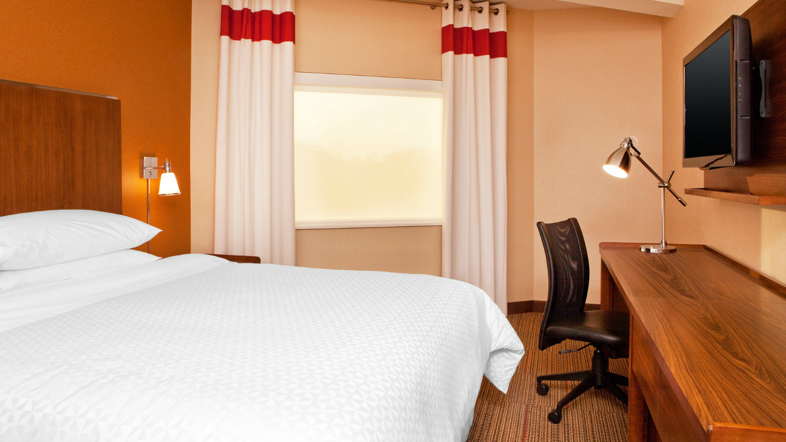 Newark Accommodations - Accessible Room